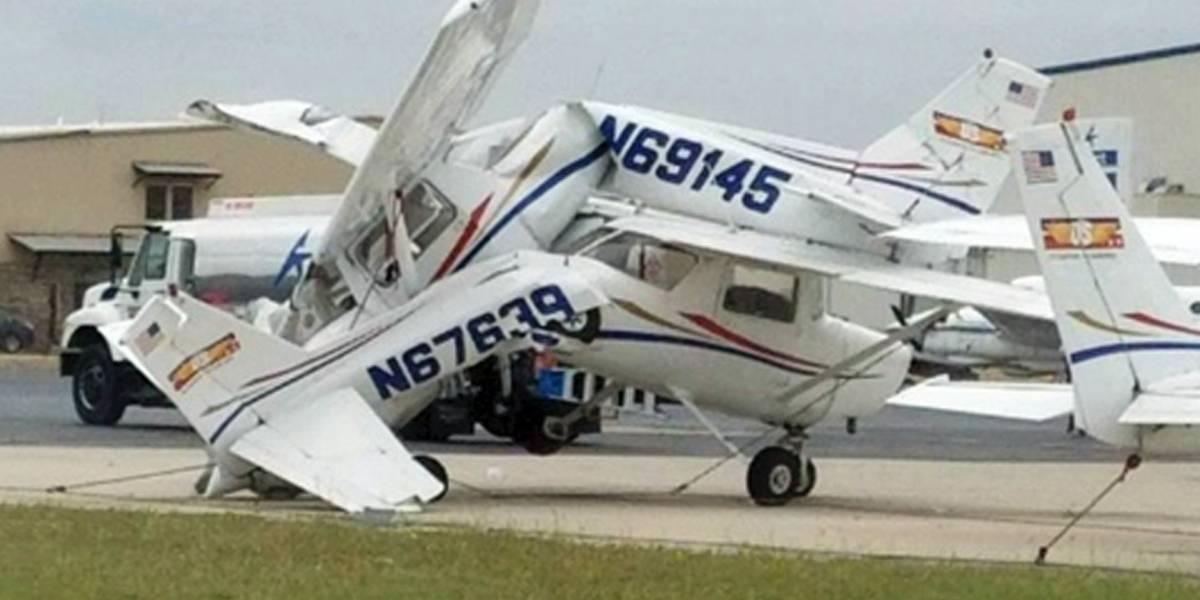 Tormenta causa estragos en aeropuerto de Texas