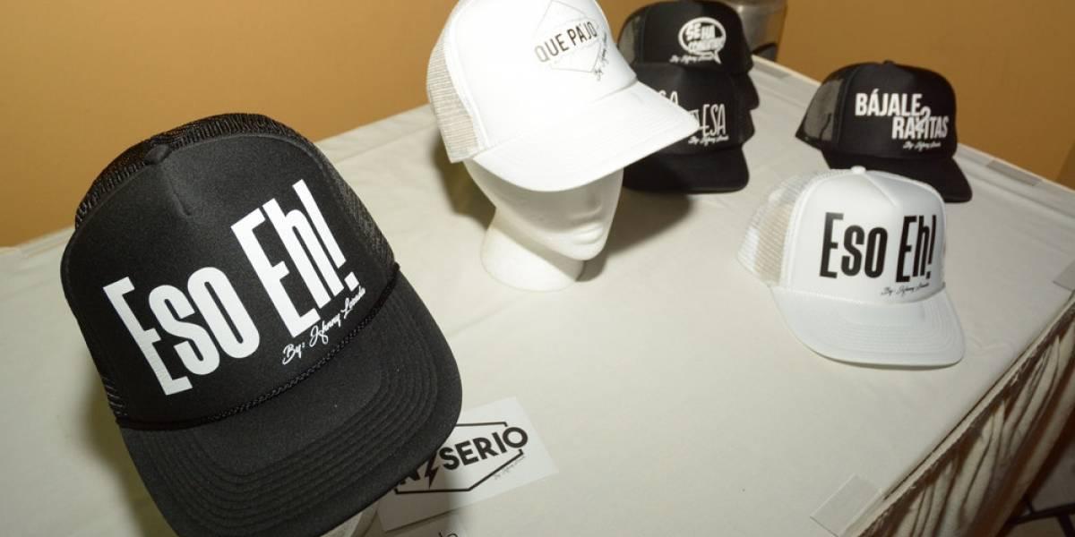 Johnny Lozada lanza línea de gorras con frases boricuas