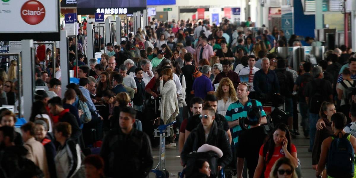 Tráfico aéreo internacional crece 19,5% en abril
