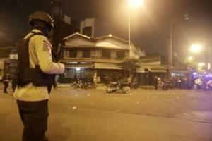 Al menos cinco muertos y diez heridos en atentado suicida en Indonesia