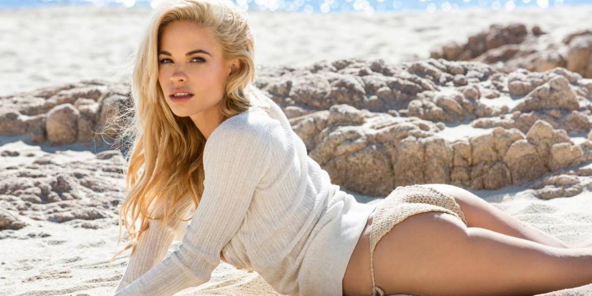 El castigo para una modelo de Playboy luego de avergonzar a una mujer en redes