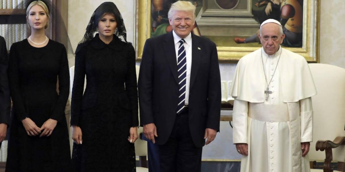 Los memes no perdonan ni al Papa: el cara a cara de la reunión con Trump