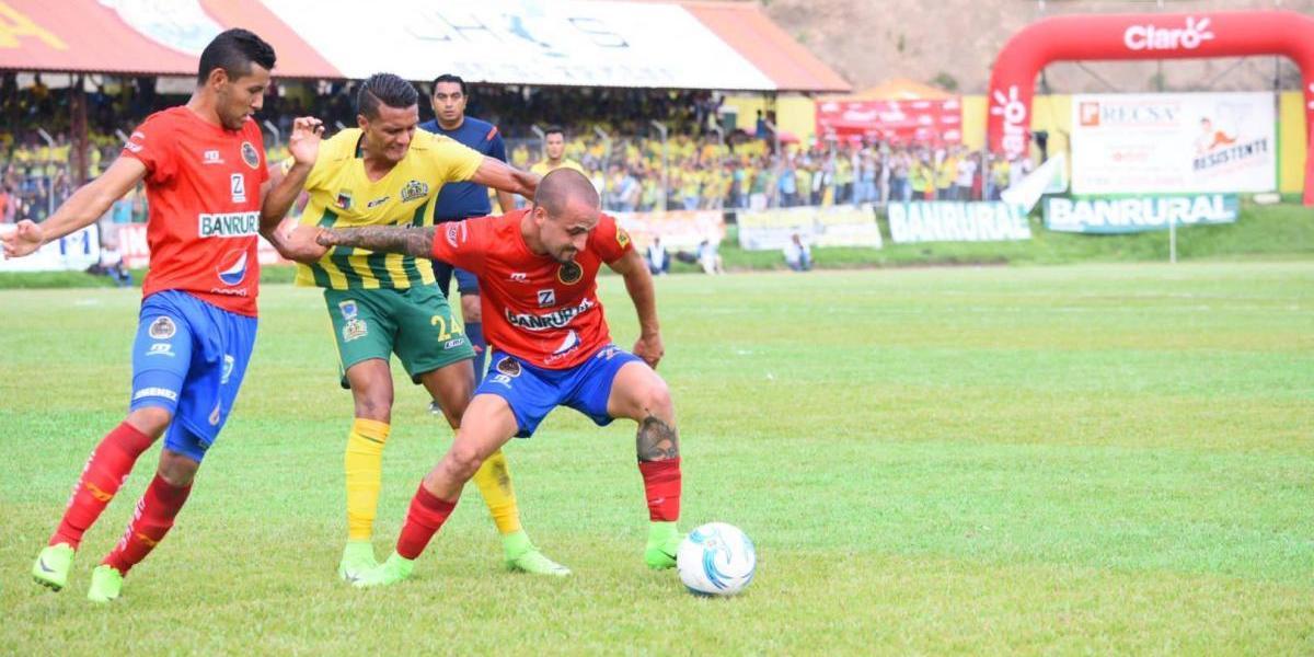 #Clausura2017 la batalla entre Guastatoya y Municipal se definirá en la vuelta.