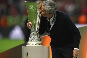 ¡Glory United! Manchester vence al Ajax y conquista la Europa League