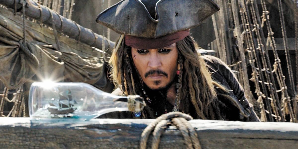 Johnny Depp aparece quase irreconhecível e estado é preocupante