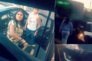 #LadyIntermitente destroza transporte público tras chocar con él