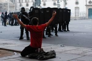 Sob protestos, Alerj aumenta contribuição da Previdência do funcionalismo