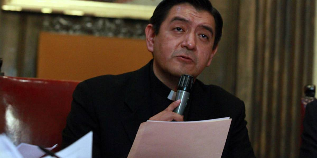 Estable, estado de salud del sacerdote agredido en Catedral: Arquidiócesis