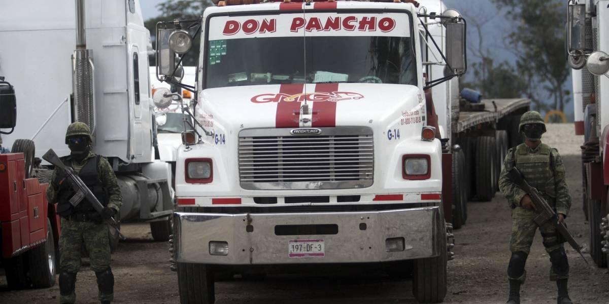 Muere huachicolero al intentar huir de la policía en Puebla