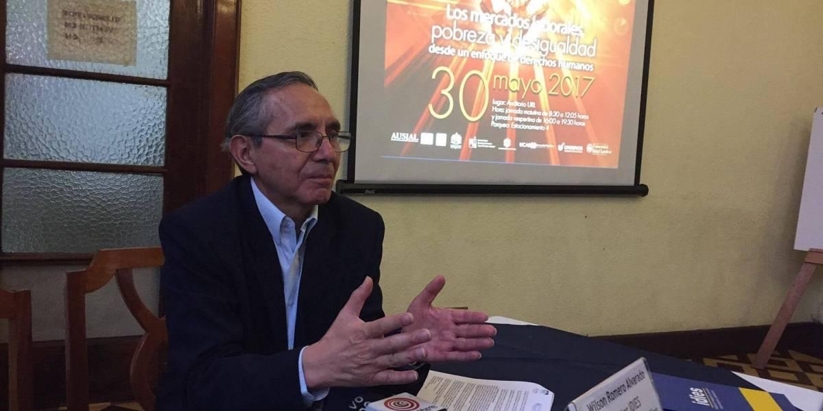 """¿Cuál es el """"salario ideal"""" que eliminaría la pobreza en Guatemala?"""