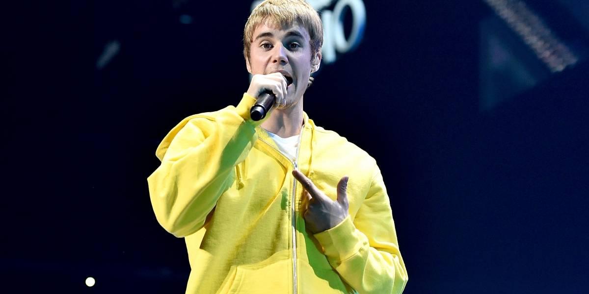 """¡No se sabe la letra! Justin Bieber hace el ridículo al intentar cantar """"Despacito"""" en español"""