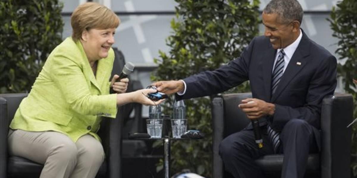 Reciben a Obama como una estrella en Berlín