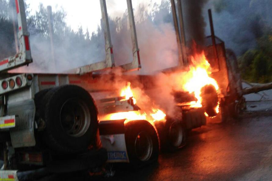 """Camioneros insisten en """"estado de emergencia"""" en La Araucanía tras nuevo atentado"""