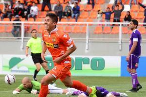 Fernando Cornejo parte a Audax Italiano y en Cobreloa retiran la camiseta 8
