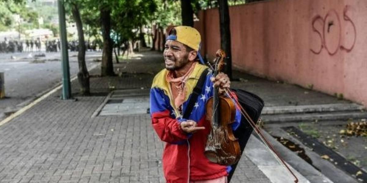 El drama del violinista venezolano que perdió su instrumento a manos de la GNB