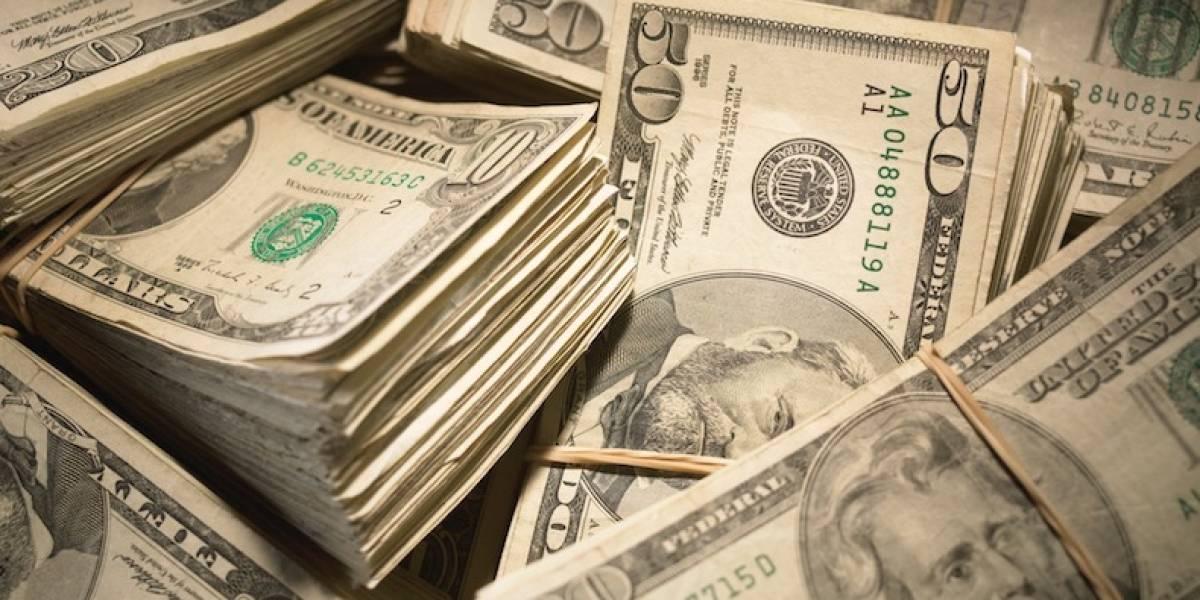 Mujer cobra $3,5 millones por exorcismo y evade impuestos