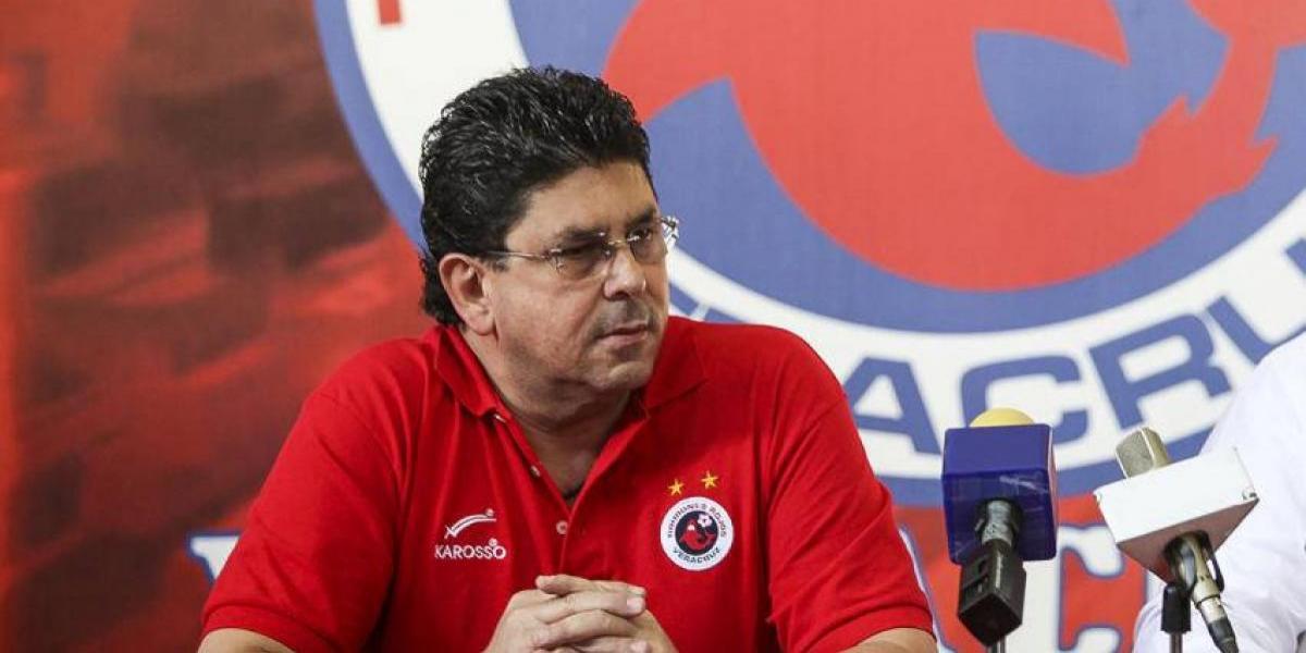 Fidel Kuri reconoce que el descenso le convenía al Veracruz