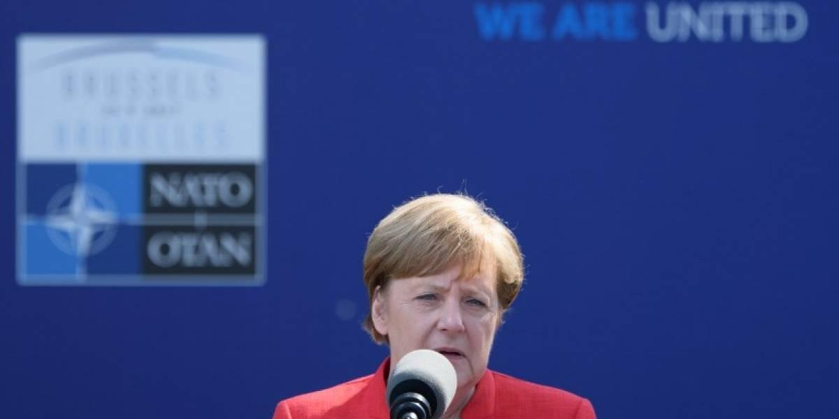 "Merkel ""exige"" a Erdogan liberación de periodista turcoalemán"