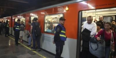 Cae mujer a vías del Metro en la estación Zapata