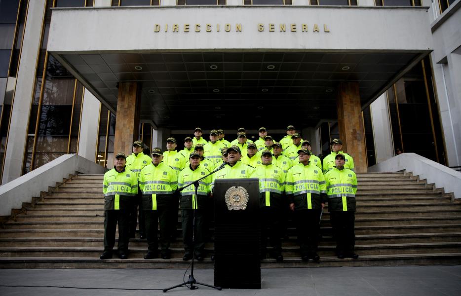 Policía en estado de embriaguez atacó a otros uniformados