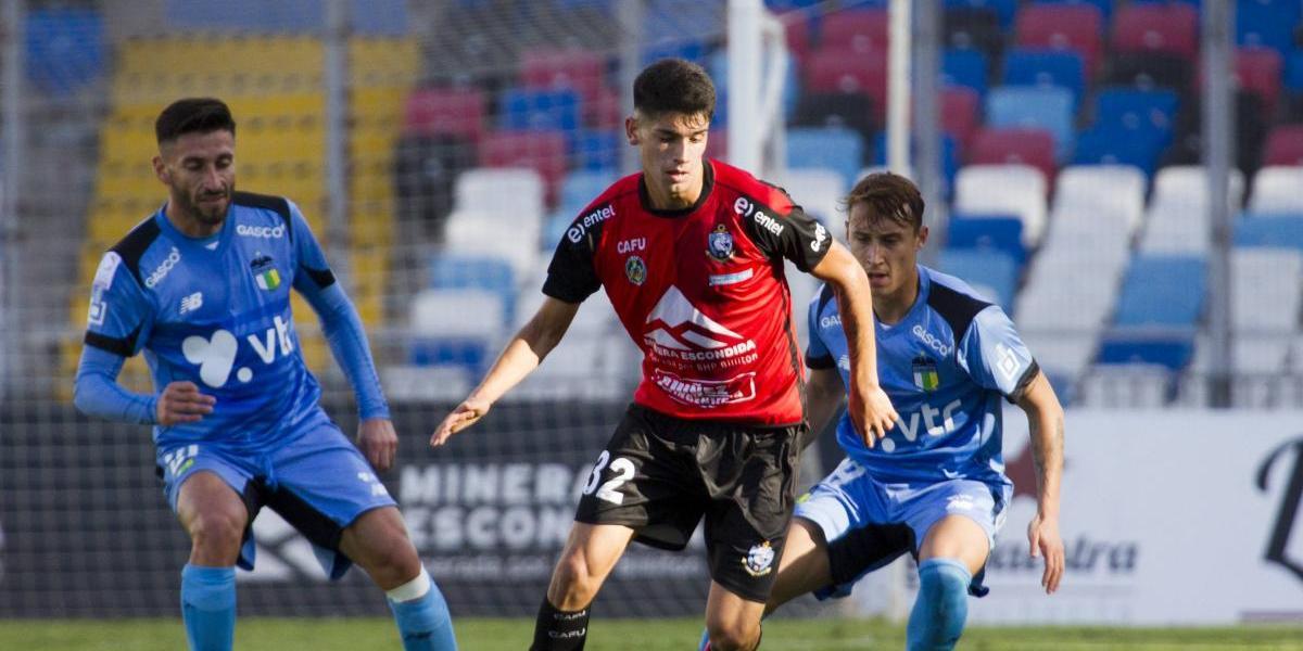 """Angelo Araos: la """"joya"""" de Antofagasta que encontró su norte en el Clausura"""