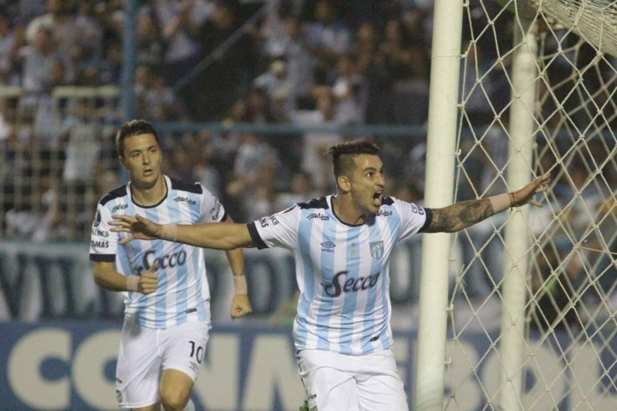 Atlético Tucumán sorprendió a todos en la Libertadores. Terminó 3º y dirá presente en la Sudamericana / AFP