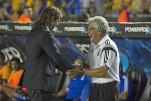 """""""Tuca"""" Ferreti no cree que el estadio de Chivas le pese a Tigres"""