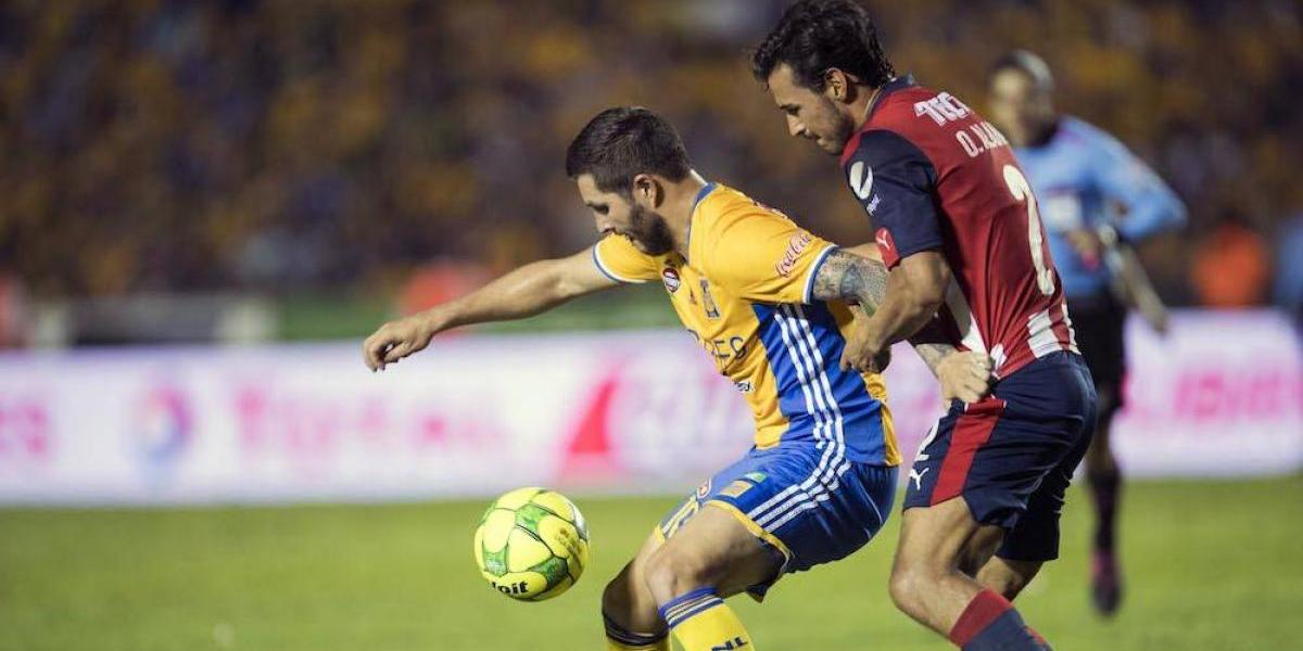 Gignac da empate a Tigres ante Chivas en minutos finales y los mantiene con vida en la final