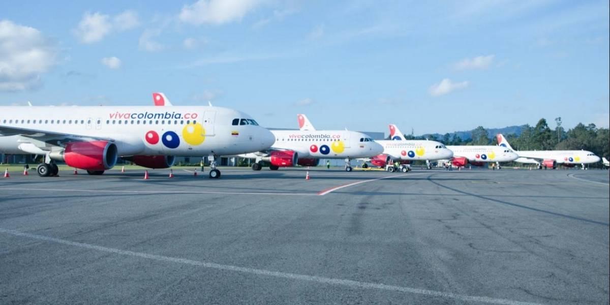 Usuarios de VivaColombia denuncian que cancelaron su vuelo sin previo aviso