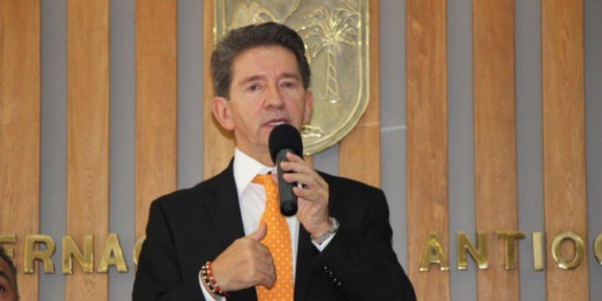 """""""Se debe recargar la presencia de la Policía y Militares donde hay guerra"""": Luis Pérez"""