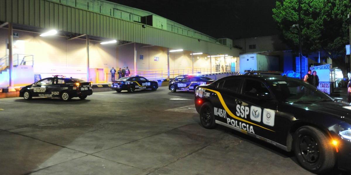 Capturan a presuntos ladrones de tienda de autoservicio en Tlalpan