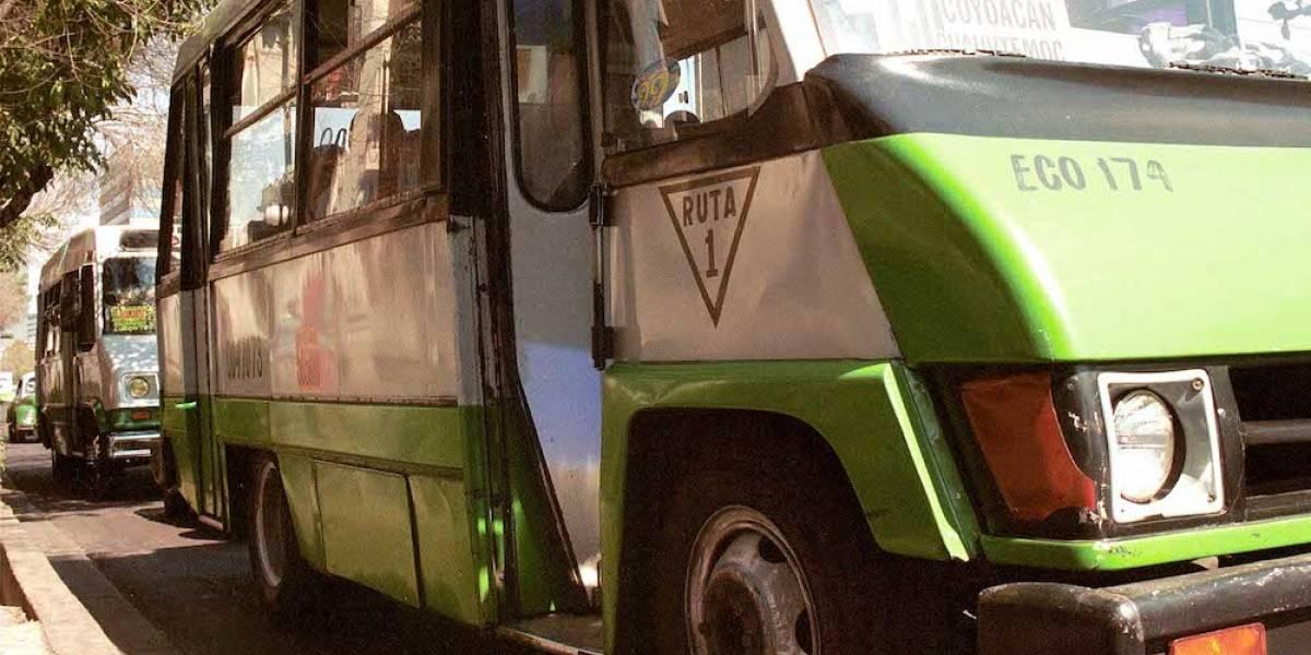 Proponen edad mínima para conductores de microbús en la CDMX