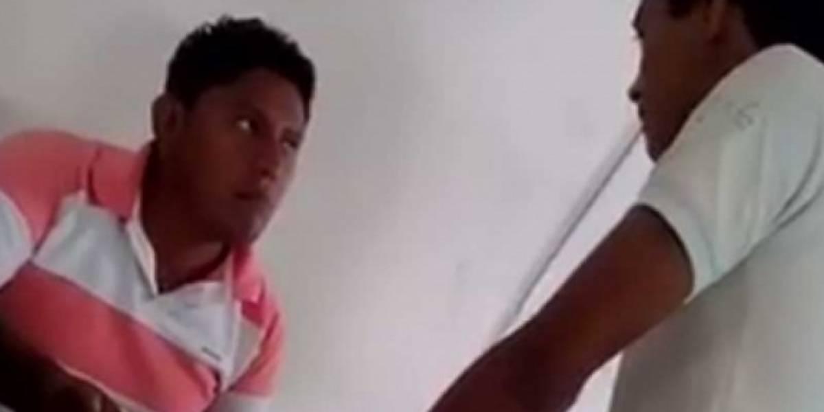 VIDEO. Alumno da brutal golpiza a profesor en plena clase