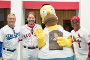 ¡Histórico! Homero Simpson entran al Salón de la Fama de la MLB