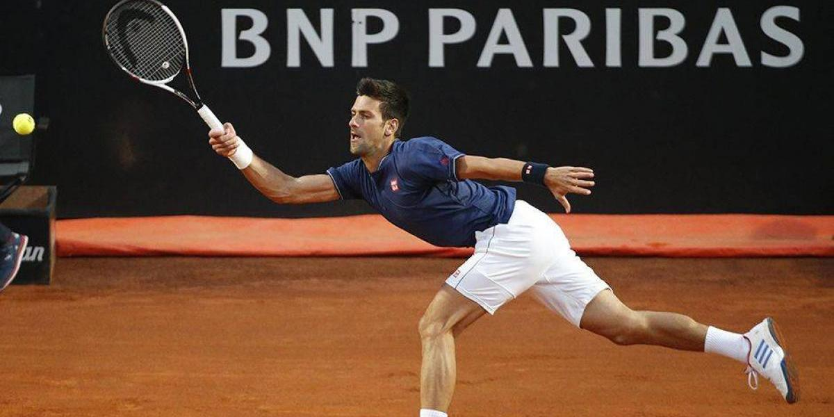 Djokovic desiste de torneio de exibição e adia volta às quadras