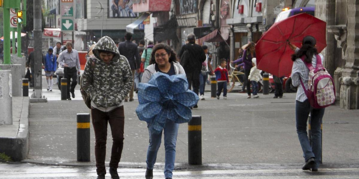 Pronostican lluvia vespertina para este sábado en el Valle de México