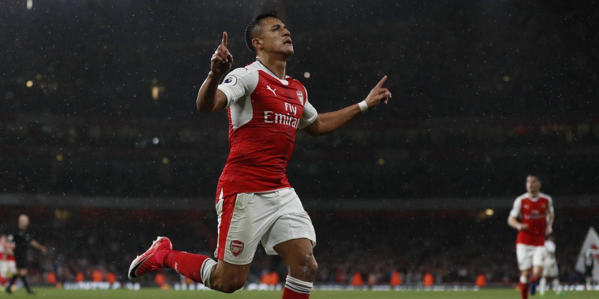 Alexis sigue jugando al misterio con su futuro tras ser campeón con el Arsenal
