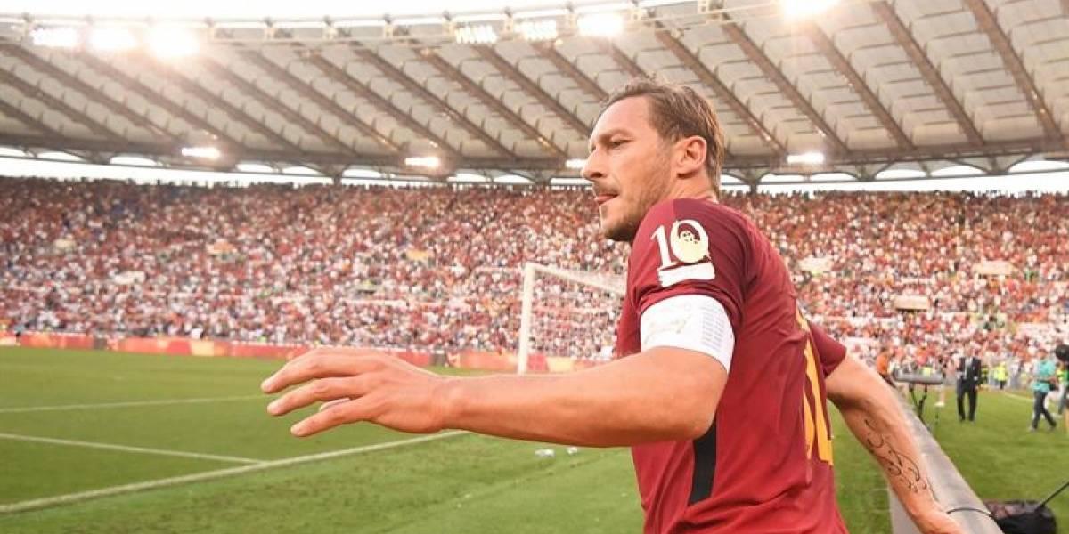 Francesco Totti se retiró del fútbol con una sufrida victoria de AS Roma