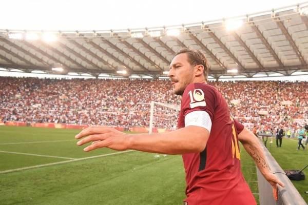 Totti se retiró tras 25 años de carrera / EFE
