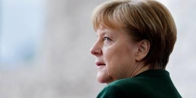 Europa deve definir seu destino, afirma Merkel em recado aos EUA