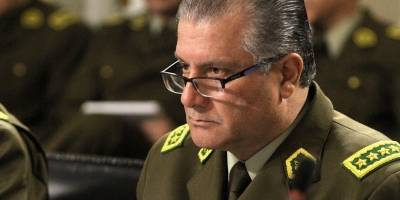 General Villalobos descarta renunciar: