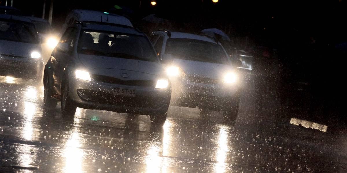 Conoce las medidas de seguridad para conducir con lluvia