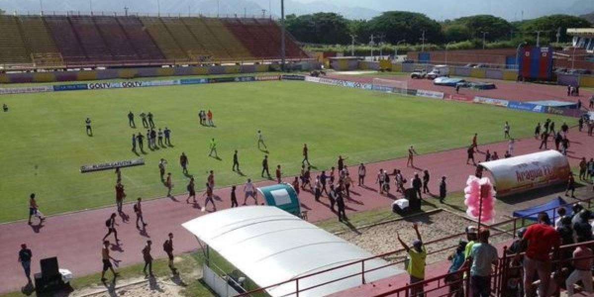 La violencia se toma el fútbol venezolano y el duelo entre Aragua y Carabobo fue suspendido