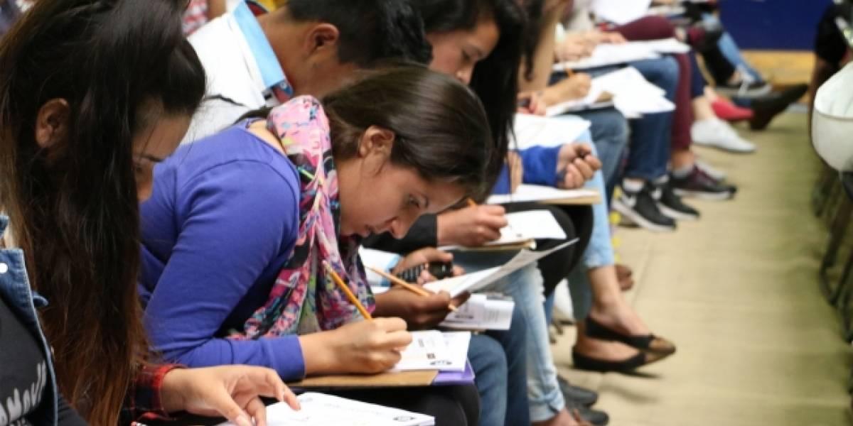 Casi 75 mil jóvenes presentaron examen de admisión para licenciaturas de la UNAM
