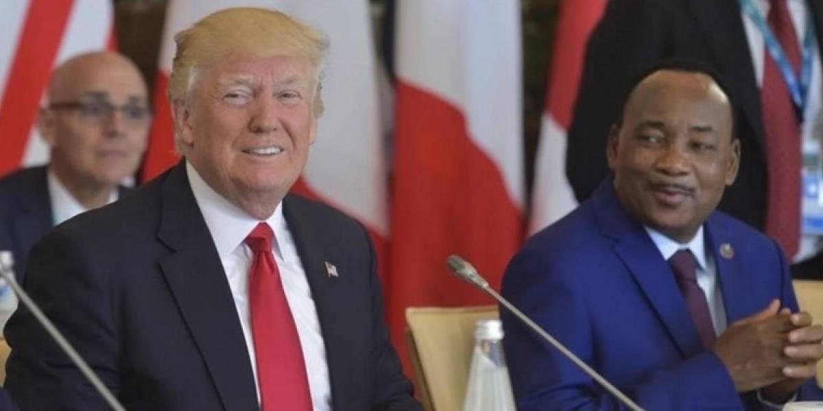 "Trump acusa a medios de comunicación de ""fabricar"" noticias e ""inventar"" fuentes"