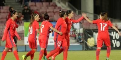 La selección femenina de Chile apabulló a Perú en duelo amistoso