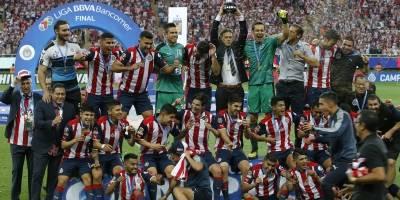 Chivas derrota a Tigres y es campeón de liga tras 11 años