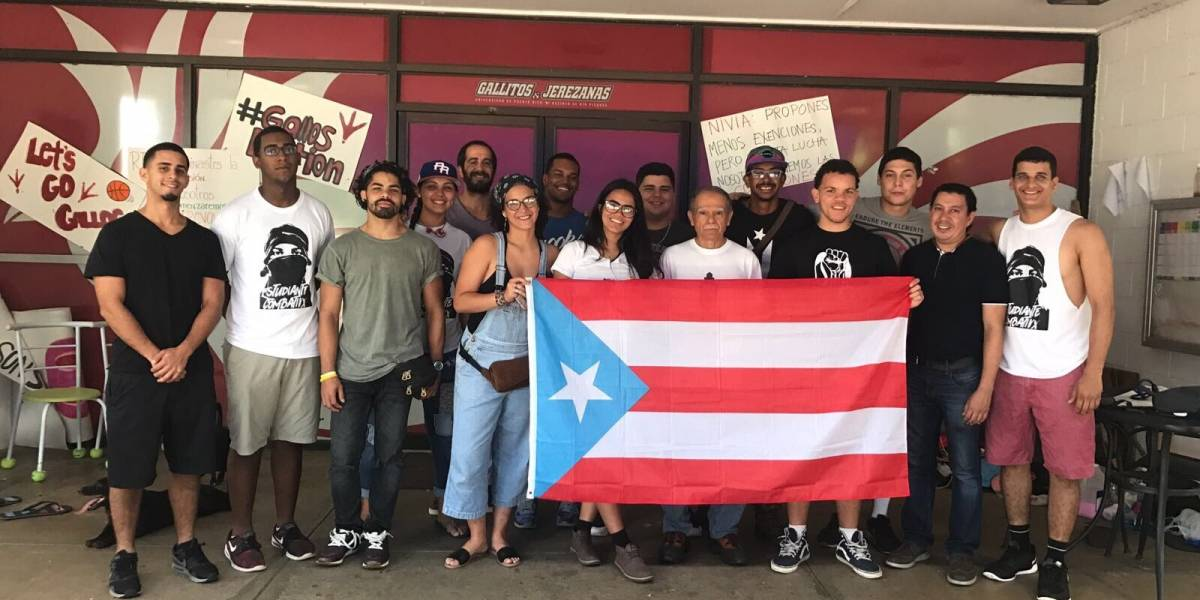 Oscar López visita movimiento estudiantil de la UPR
