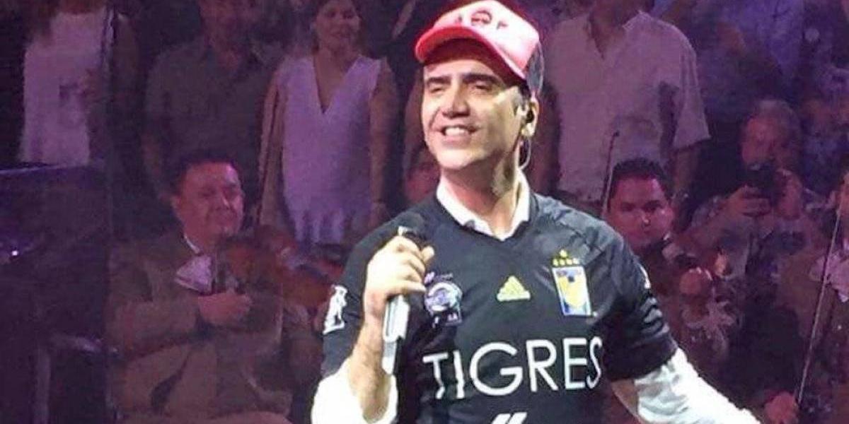 Alejandro Fernández mostró su apoyo a Tigres para la gran final