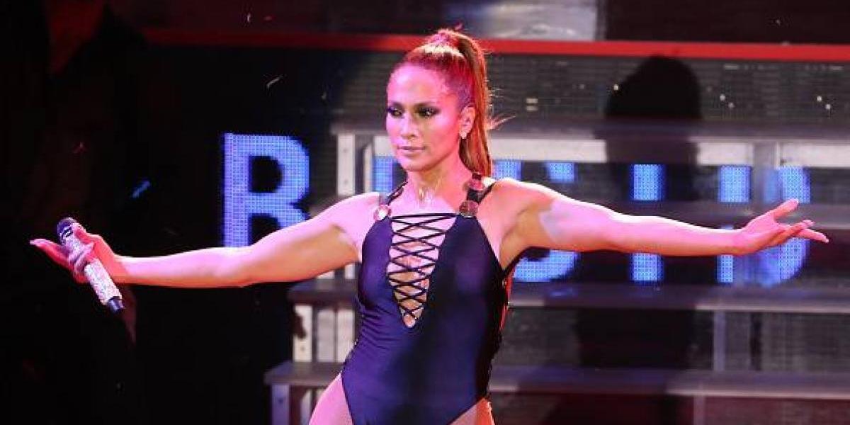 ¿Jennifer Lopez graba su nuevo video musical sin ropa interior?